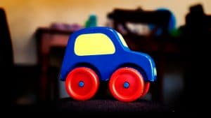 avoid blown out highlights – exposure-blog-toy-car-byjaimelopes